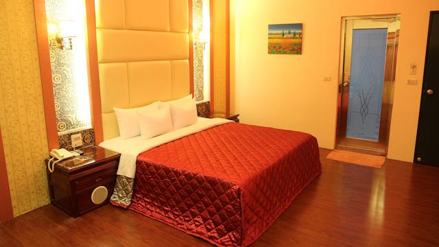 紅燈籠汽車旅館 RedLantern Motel