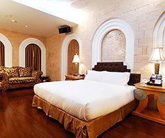 杜拜夢幻汽車旅館