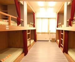 途中.台北國際青年旅舍