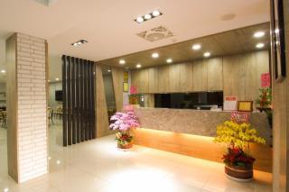 米梵時尚旅店