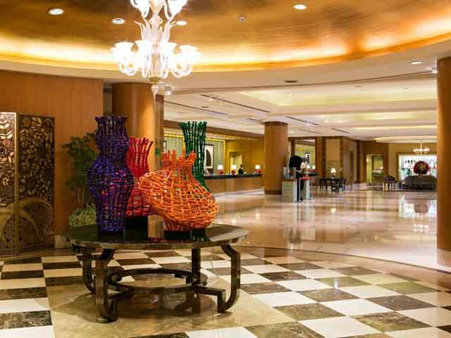 具浓厚欧式古典风格,挑高的设计展现出五星级饭店特