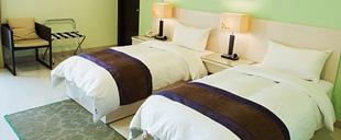 F Hotel �T�q�]